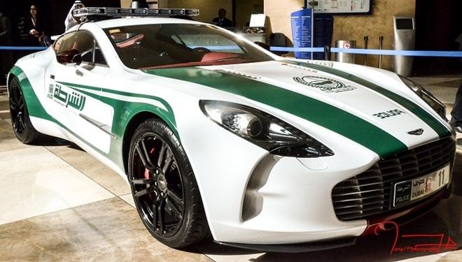 Dubai Polisinin Süper Lüks Arabaları galerisi resim 9