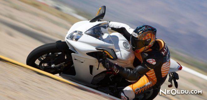 Motosiklet Kullanmanın Püf Noktaları
