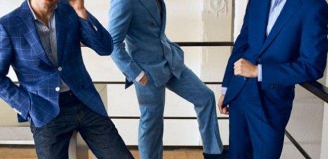 erkek mavi takım elbise