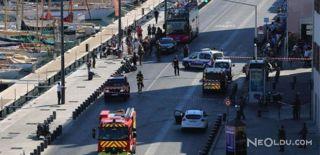 Marsilya'da Araç Otobüs Durağına Daldı