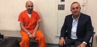 Çavuşoğlu Erdoğan'ın Koruma Polislerini Ziyaret Etti