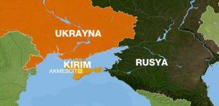 Ukrayna'da Araç Kalabalığın Arasına Daldı!