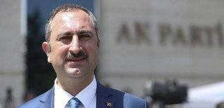 Adalet Bakanı Gül'den Flaş Vize Açıklaması