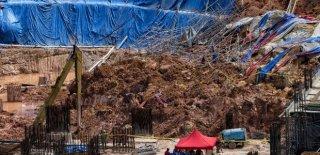 Malezya'da Toprak Kayması