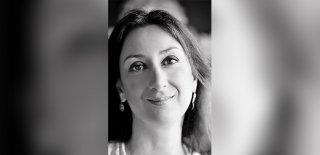 Öldürülen Gazeteci Galizia İçin Binlerce Kişi Yürüdü