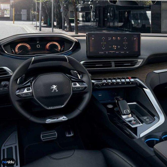 2021 Peugeot SUV 5008 İç Tasarım
