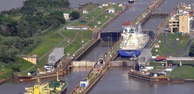 1994-ten-2002-ye-kadar-panama-kanali.jpg