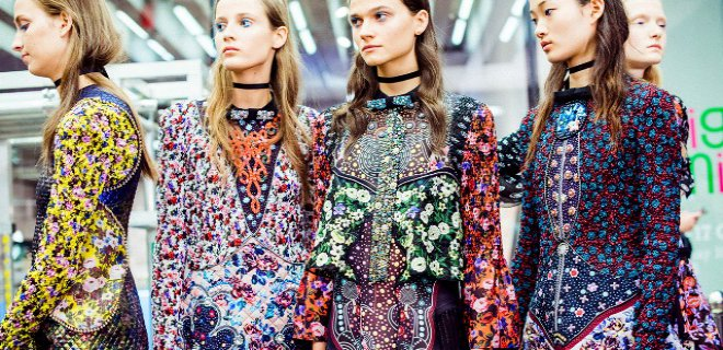2016-ilkbahar-yaz-modasi-baski-ve-desen-trendleri-002.jpg