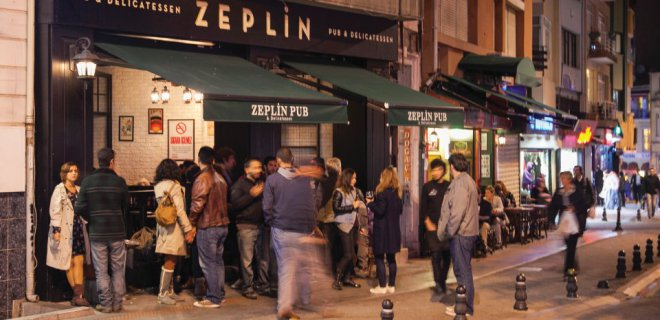 Zeplin Pub & Delicatessen Moda