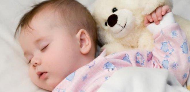 6-ay-sonrasinda-bebek-uykusu.jpg