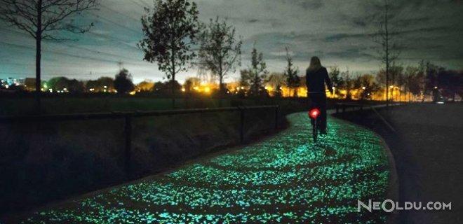 ışıklı bisiklet yolu