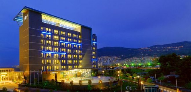 aloft-bursa-hotel.jpg