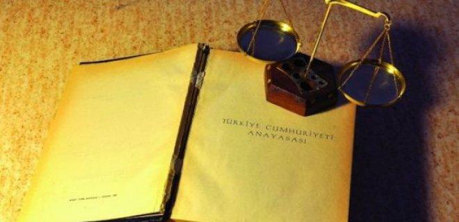 anayasa2.jpg