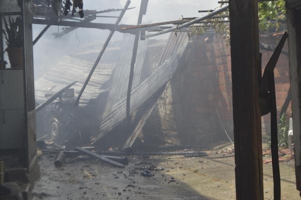 ateş yaktı komşusunun evini yaktı