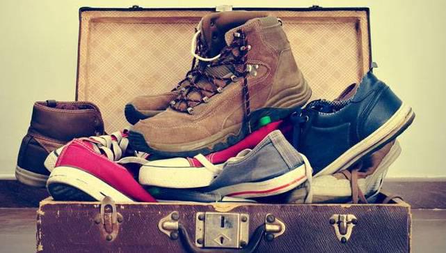 ayakkabı bavulda