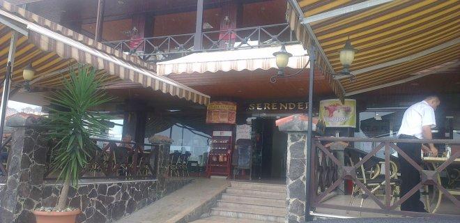 ayhan-surmen-serender-restaurant.jpg