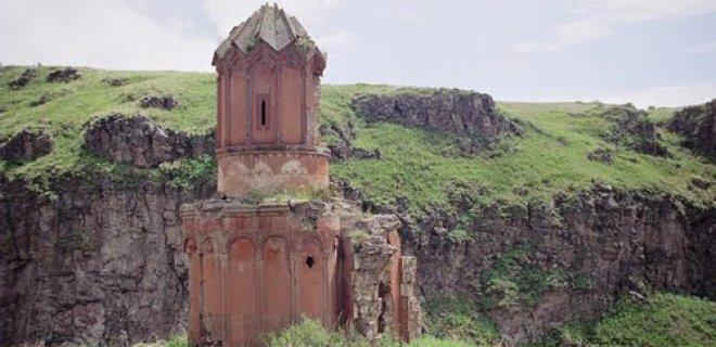 bakireler-manastiri.jpg