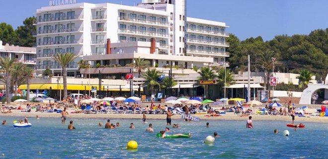 bellamar-hotel-beach.jpg