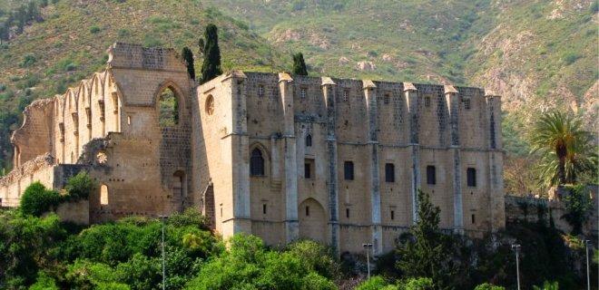 bellapais-manastiri-001.jpg