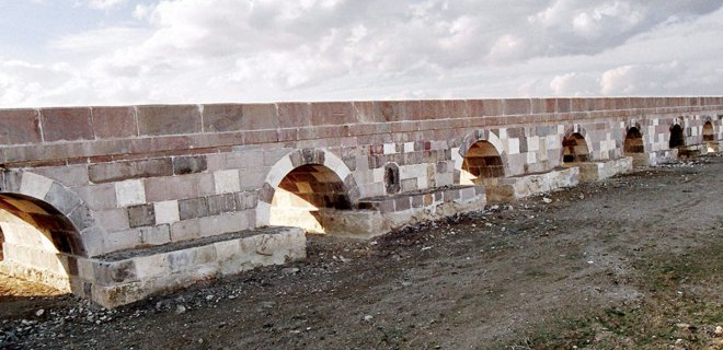 Afyonkarahisar Tarihi Köprüler