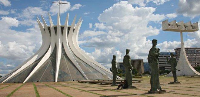 brasilia-katedrali.jpg