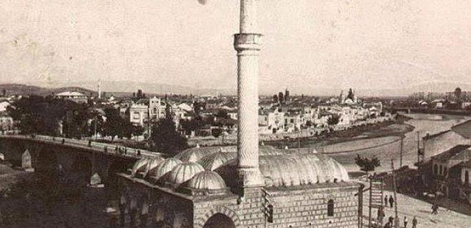 Burmalı Camii makedonya