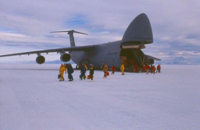 buz-pisti,-antarktika.jpg