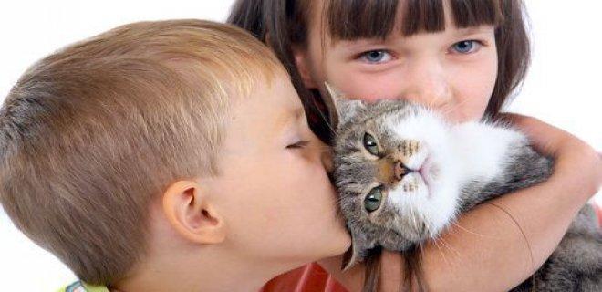 cocuk-ve-hayvan-sevgisi.jpg
