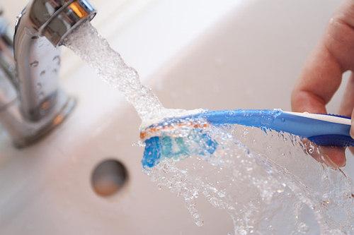 diş fırçası yıkama