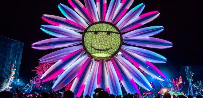 electric-daisy-carnival-005.jpg