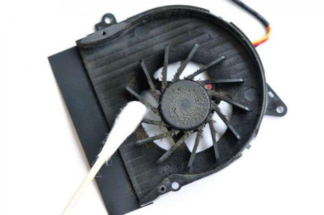 elektronik-cihazlarinizi-temizleyin.jpg