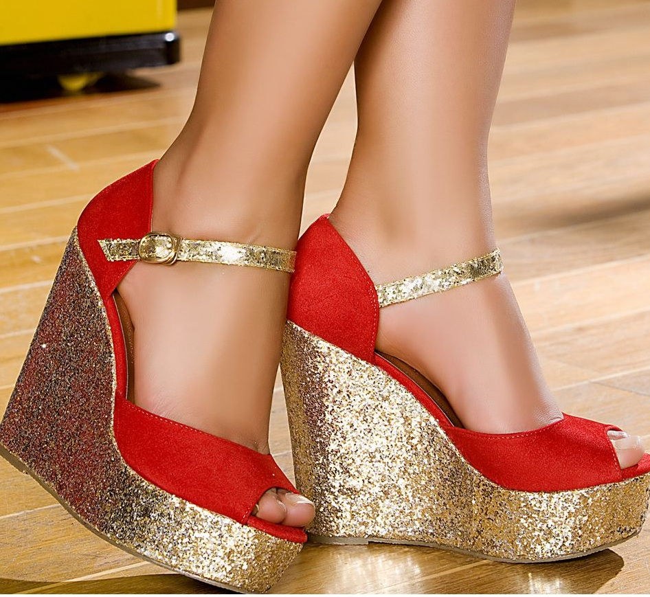 en büyük tutkuları ayakkabılarıdır