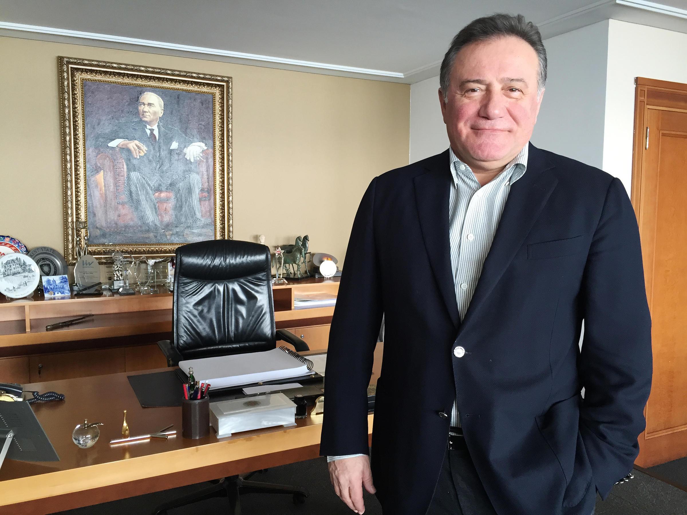 enver yücel Bahçeşehir Üniversitesi Mütevelli Heyeti Başkanı
