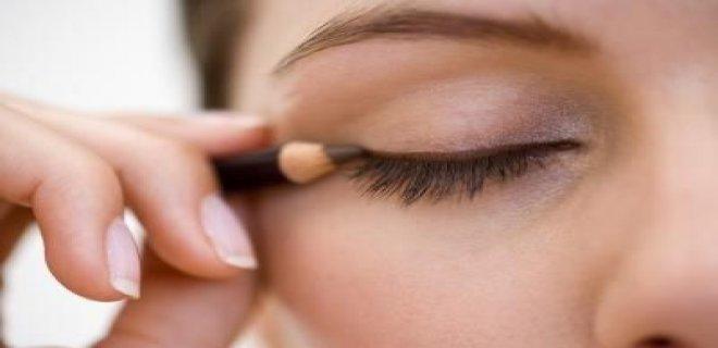 eyeliner-surme-hileleri-001.jpg