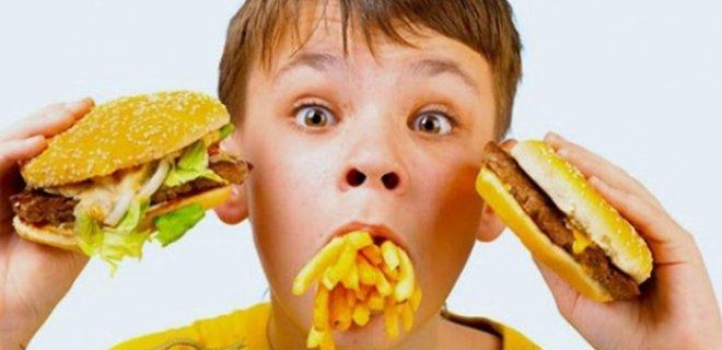 fast-food-yiyecekleri.jpg