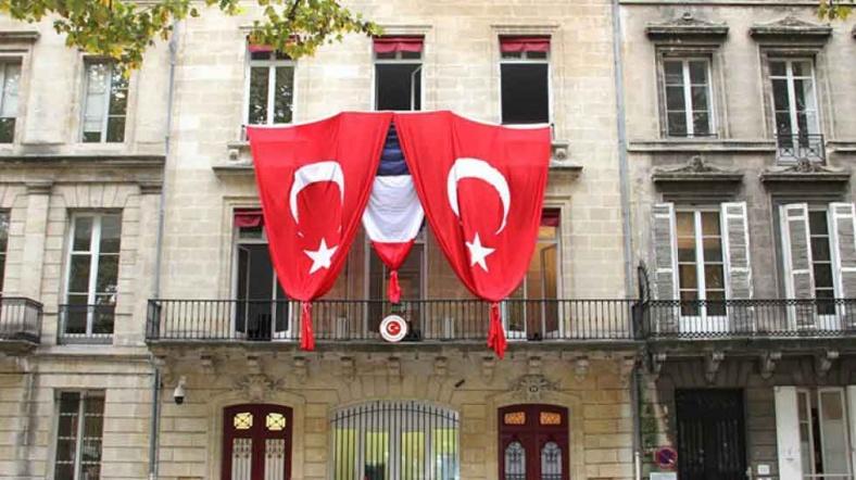 paris Türk başkonsloğu fransa