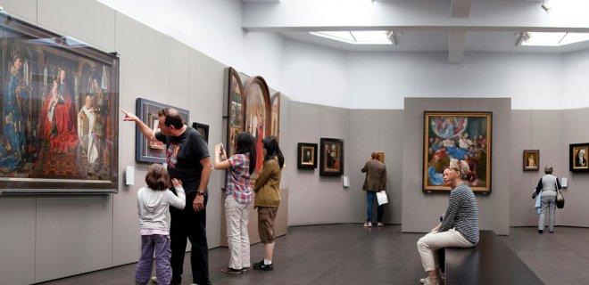 groeningemuseum.jpg