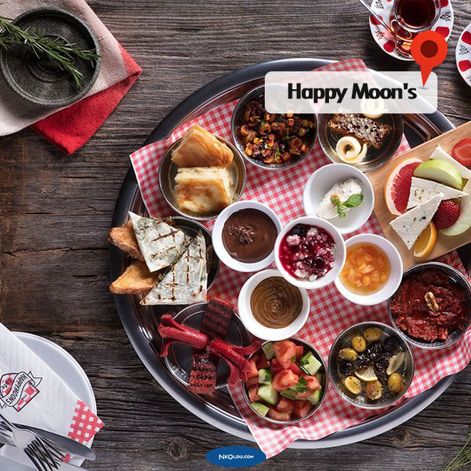 happy-moons- kadikoy.jpg