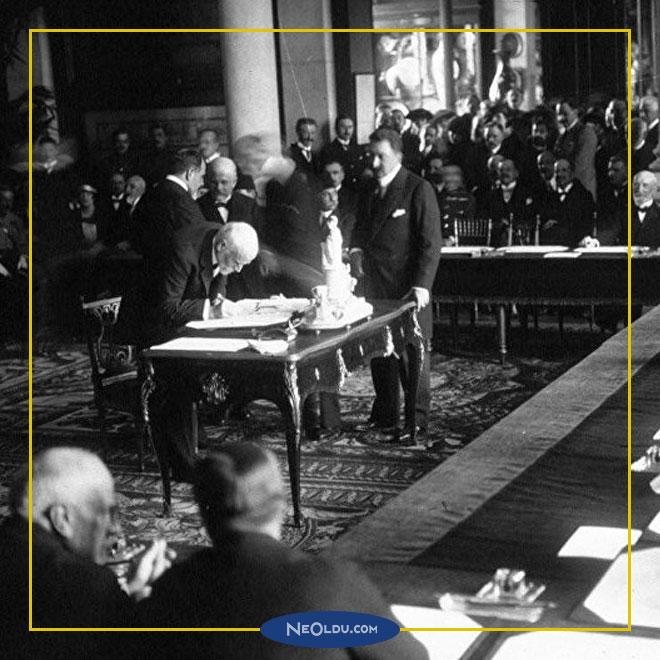 İtilaf Devletlerinin Osmanlı ile Sevr Antlaşmasını Geciktiren Etkenler