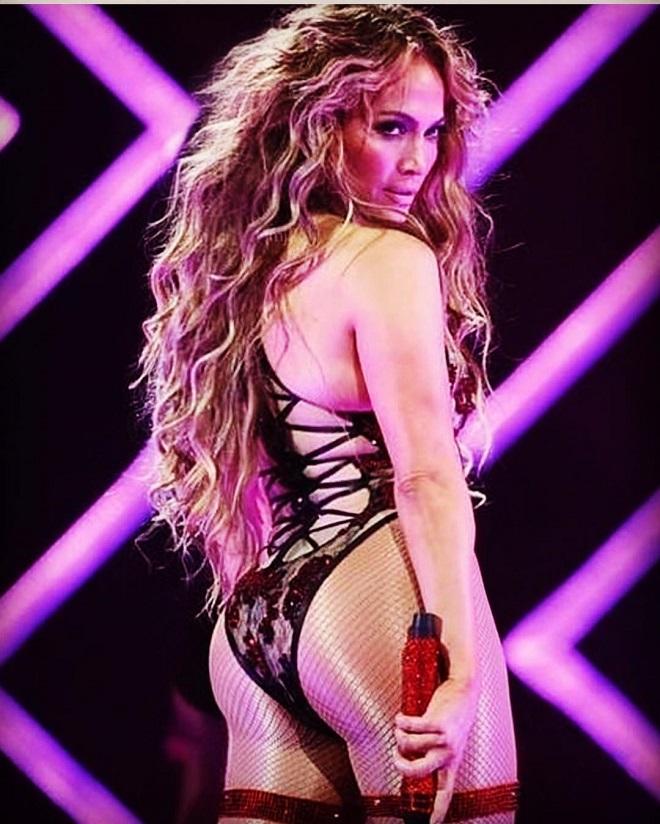 Jennifer Lopez Aldatıldı