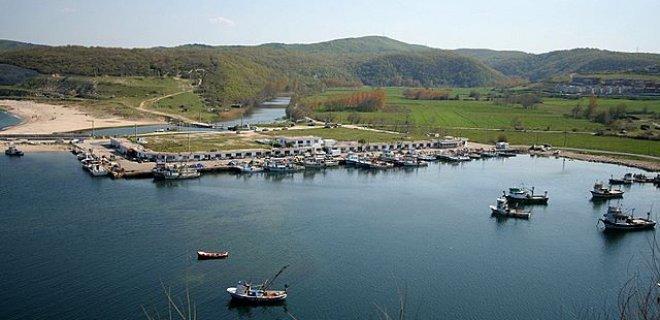 kıyı köy