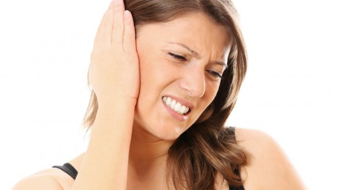 kulak-agrisinin-nedenleri-nelerdir.jpg