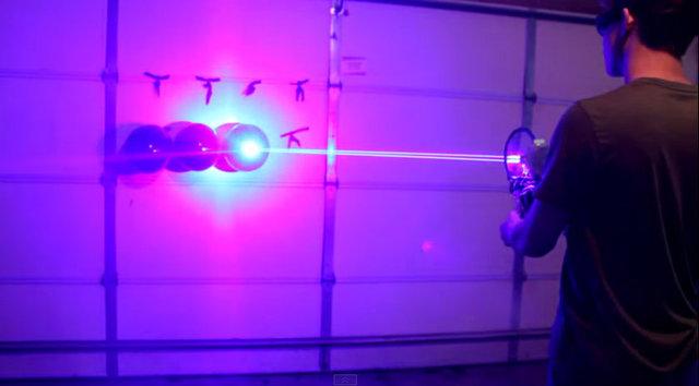 Lazer Silahı Balon Testii