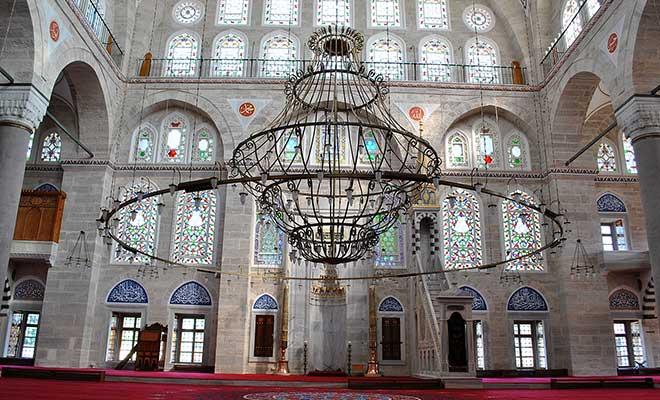 mihrimah-sultan-camii-ic-mekan.jpg