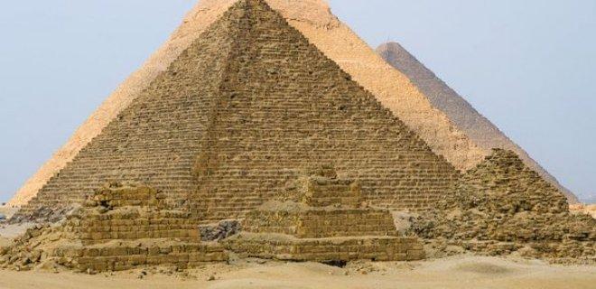 misir-piramitleri-001.jpg