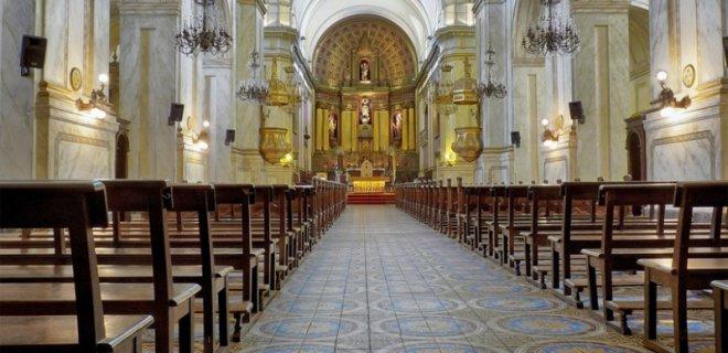 montevideo-metropolitan-katedrali-001.jpg