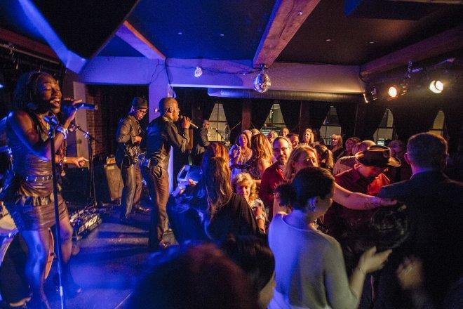 muzique-nightclub.jpg