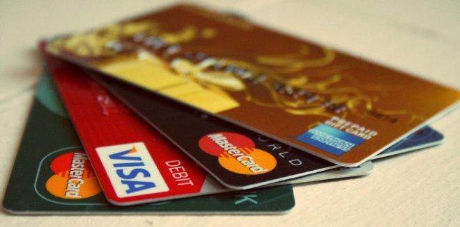 nakit-para-ve-kredi-karti.jpg