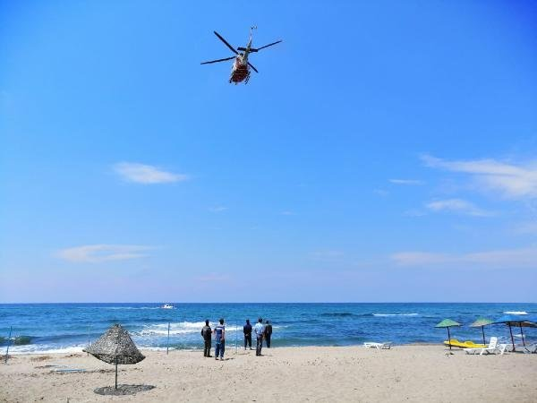 olay-yerine-sahil-guvenlik-helikopteri-ve-botlari-yonlendirildi!.jpg