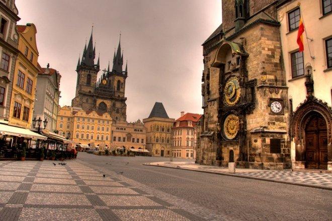 old-town,-prag.jpg